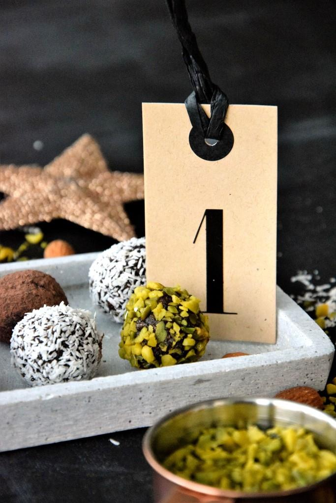 Unterfreundenblog Blitztrüffel Superfood vegan Pralinen Geschenke aus der Küche Weihnachten Rezept Advent