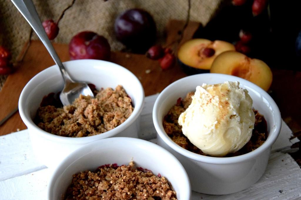 Süßes oder Saures? Beides! Apfel-Pflaumen-Crumble