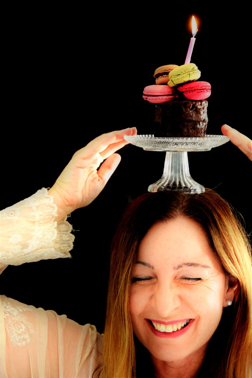 Unterfreundenblog Bloggeburtstag Blog Birthday Giveaway Gewinnspiel Macarons Going Crazy