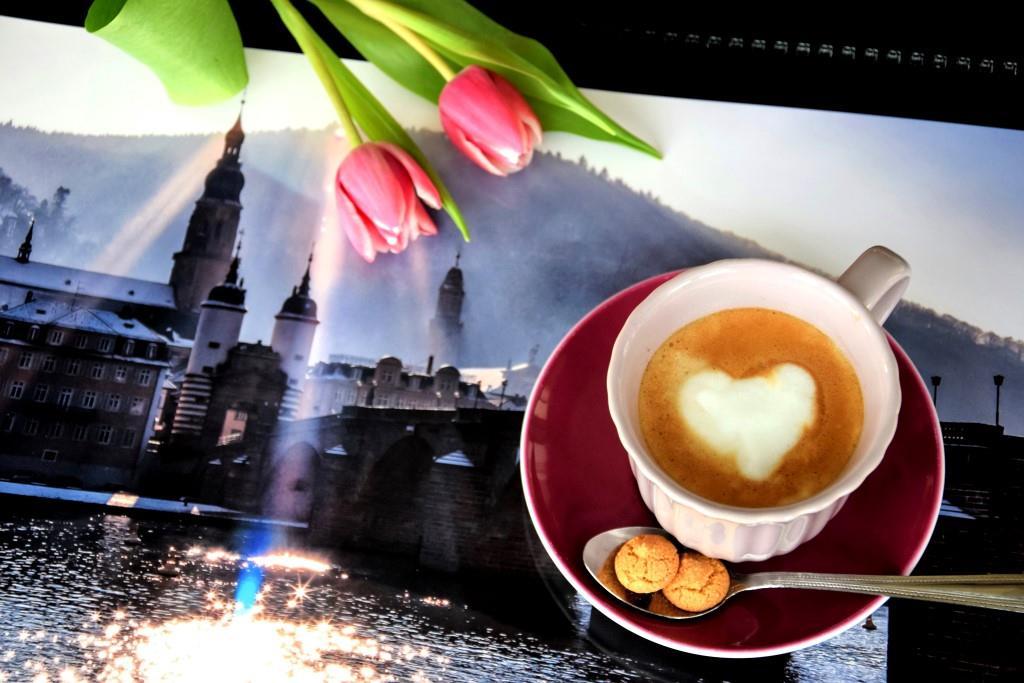 Unterfreundenblog Heidelberg Kalender Kaffee Tulpen Herz