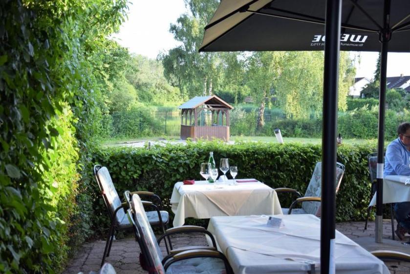 Restaurants mit Wasserblick am Wasser mit Seeblick in der Rhein-Neckar-Region - Ristorante La Vite Leimen - Unterfreundenblog