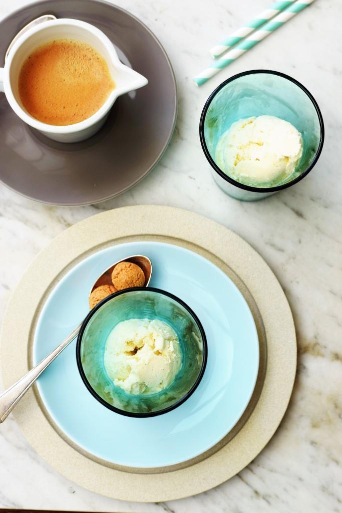 Affogato, das schnellste Dessert EVER. Espresso auf einer Kugel Vanilleeis - yummy!