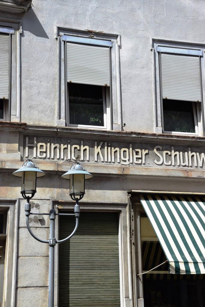 Moderne Läden hinter alten Fassaden - das ist Heidelberg Neuenheim