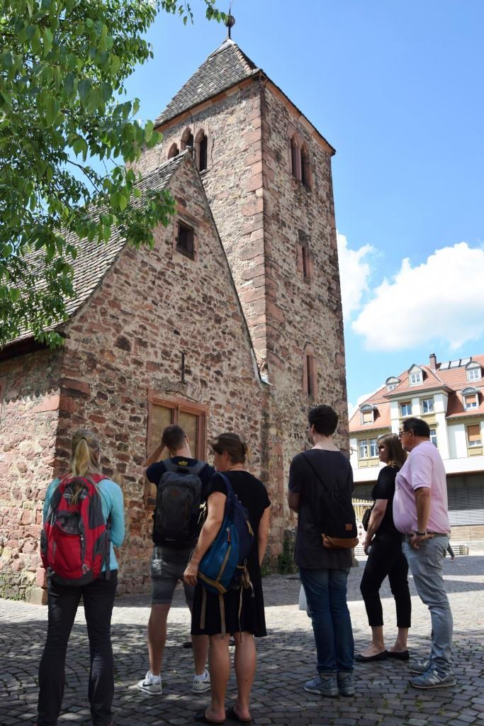 Der alte Turm am Marktplatz in Neuenheim