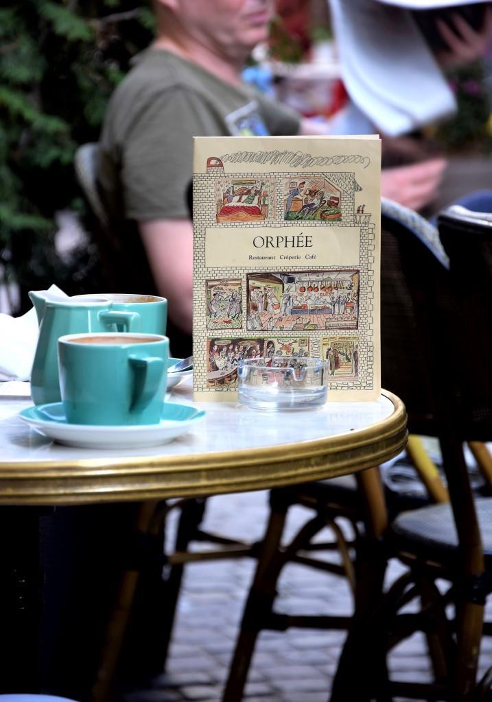 Kaffee-Kult und -Kultur in Regensburg - Das französische Restaurant, Bar, Café Orphee