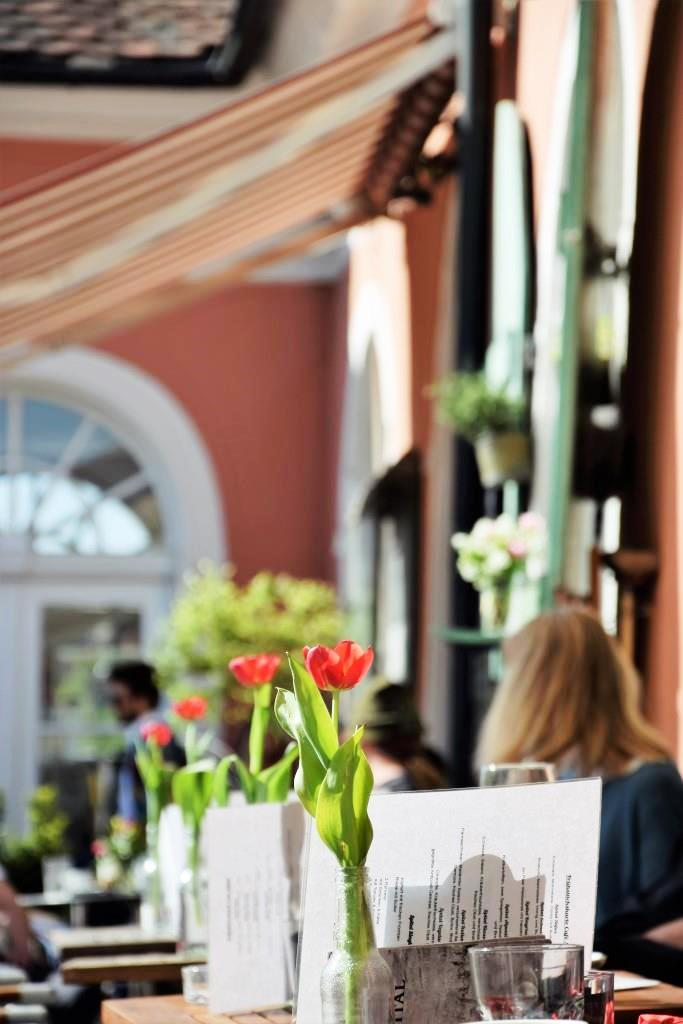 Für die italienischen Momente des Tages - die Cafébar La Strada in Regensburg, Stadtamhof