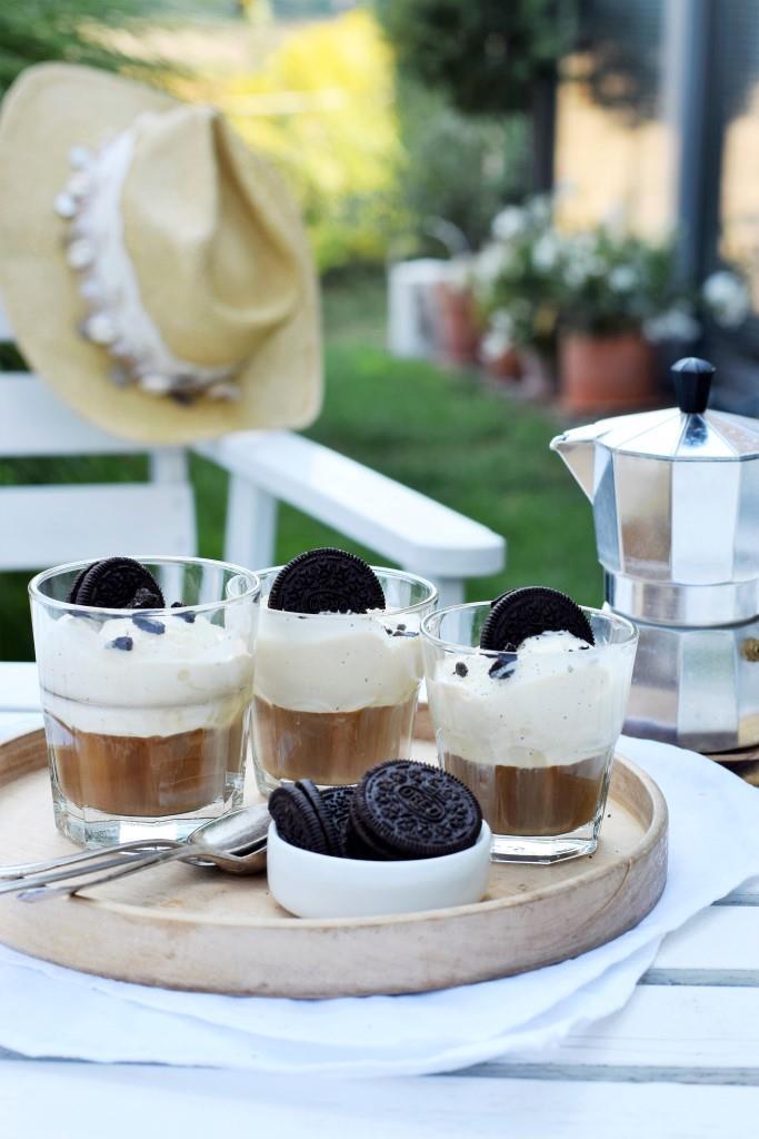 Eis trifft Kaffee und Keks - kleine Affogato-Pause