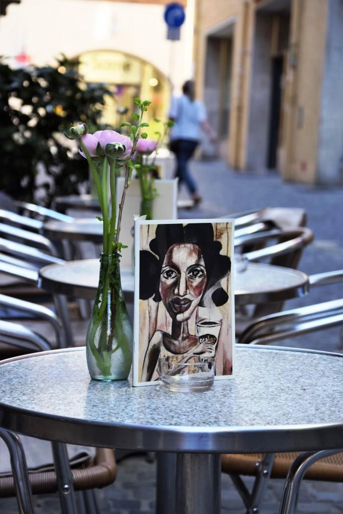 In jedem Gässchen ein Café oder Restaurant - die wunderschöne Altstadt von Regensburg