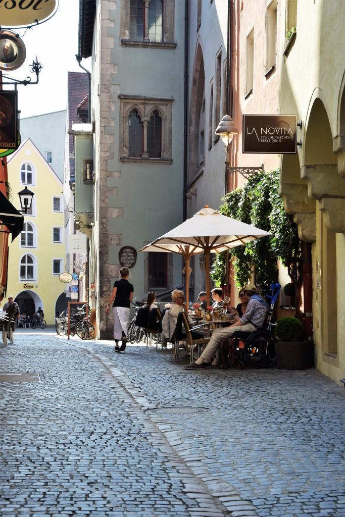 Malerische Gässchen in der Altstadt von Regensburg