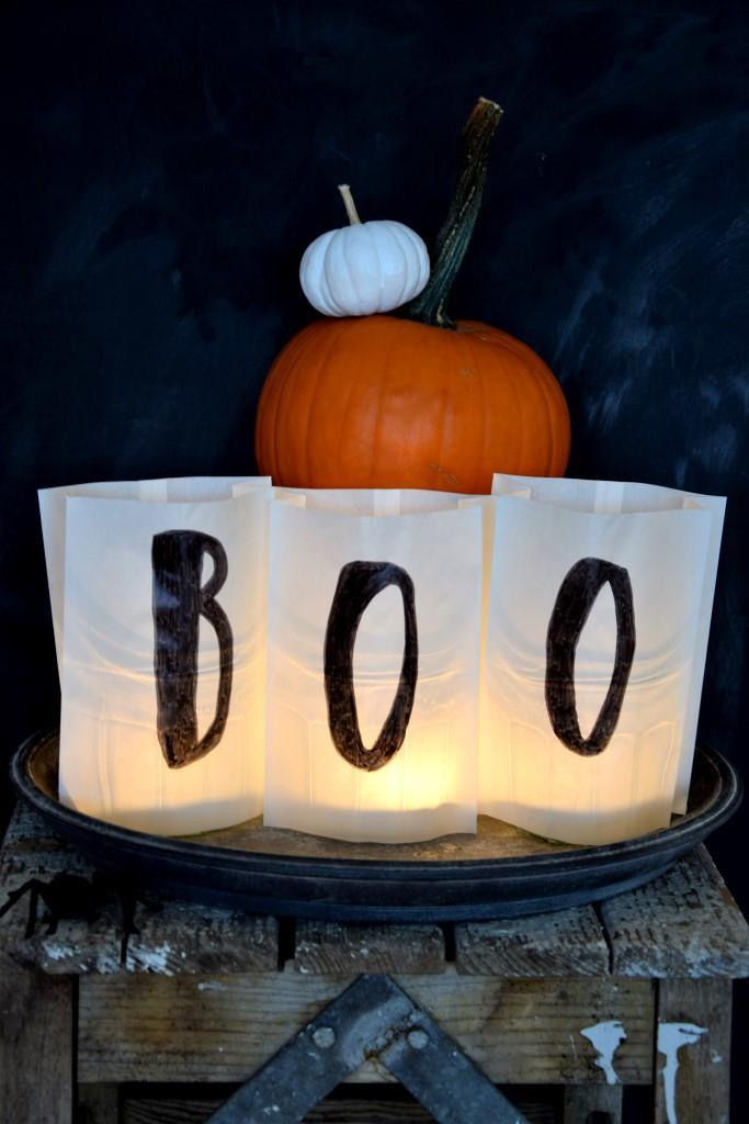 BOO! Happy Halloween mit diesem Last-Minute-DIY: Windlichter aus Papiertüten