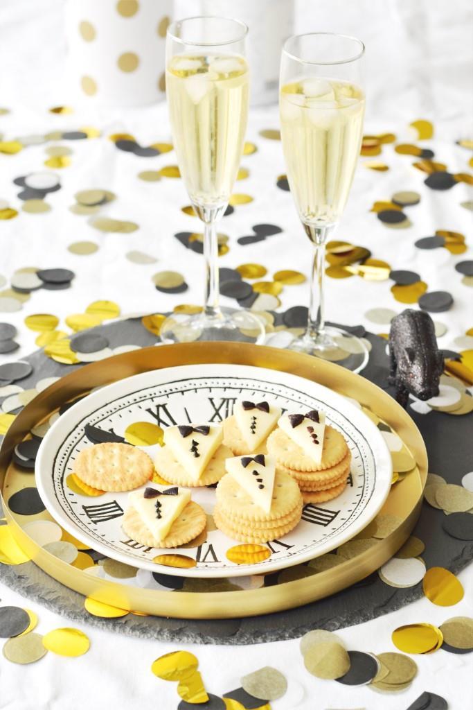 Cheers! Lecker ins Neue Jahr mit Champagner und leckerem Fingerfood
