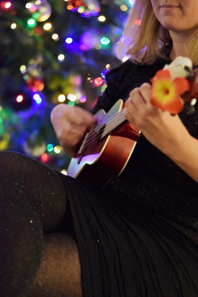 Ein Wohnzimmer-Konzert bei der Weihnachtsfeier der Rhein-Neckar-Blogger