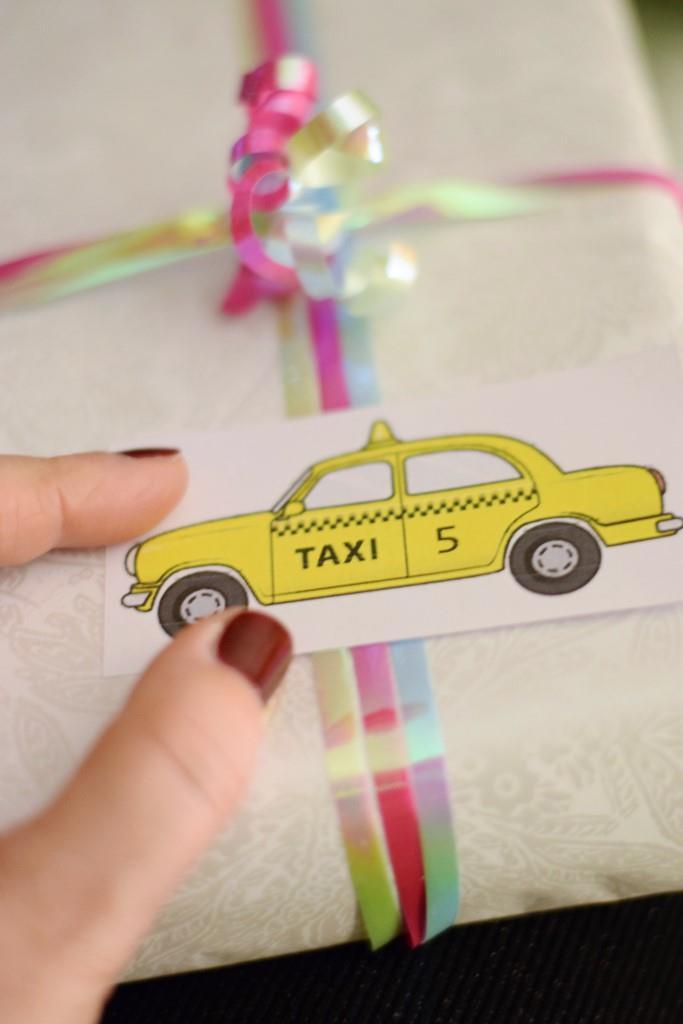 Wichtelgeschenk im New York Style, stilecht mit dem Yellow Cab Taxi