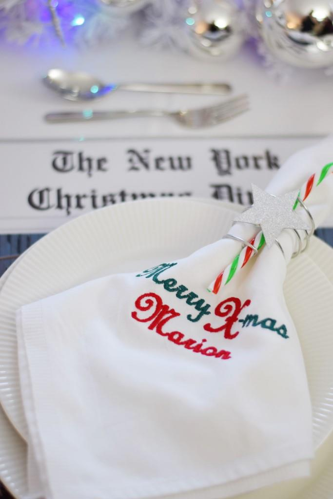 Personalisierte Stoffservietten Merry Xmas zum New York Christmas Dinner