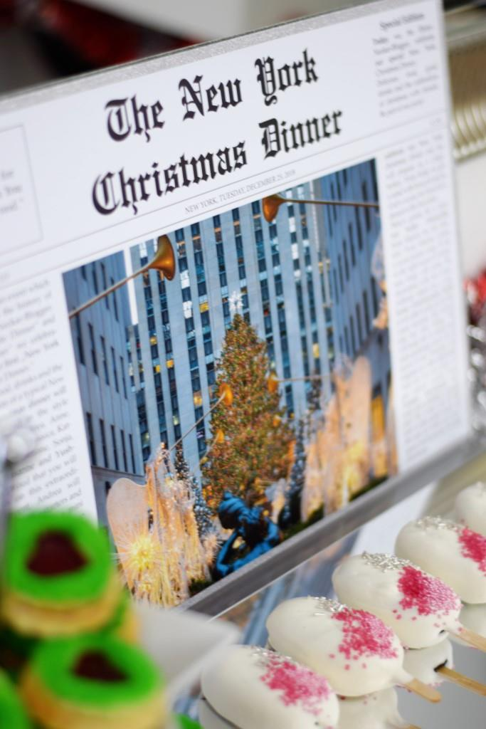 Grinch Cookies and White Cakecicles auf dem Dessert-Buffet des New York Christmas Dinners