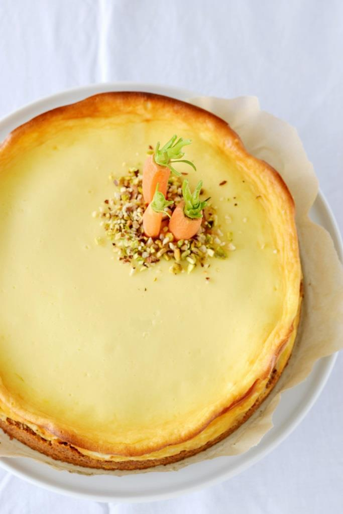 Hattu Möhrchen? Logisch - und zwar IN und AUF dem leckeren Carrottcake-Cheesecake!