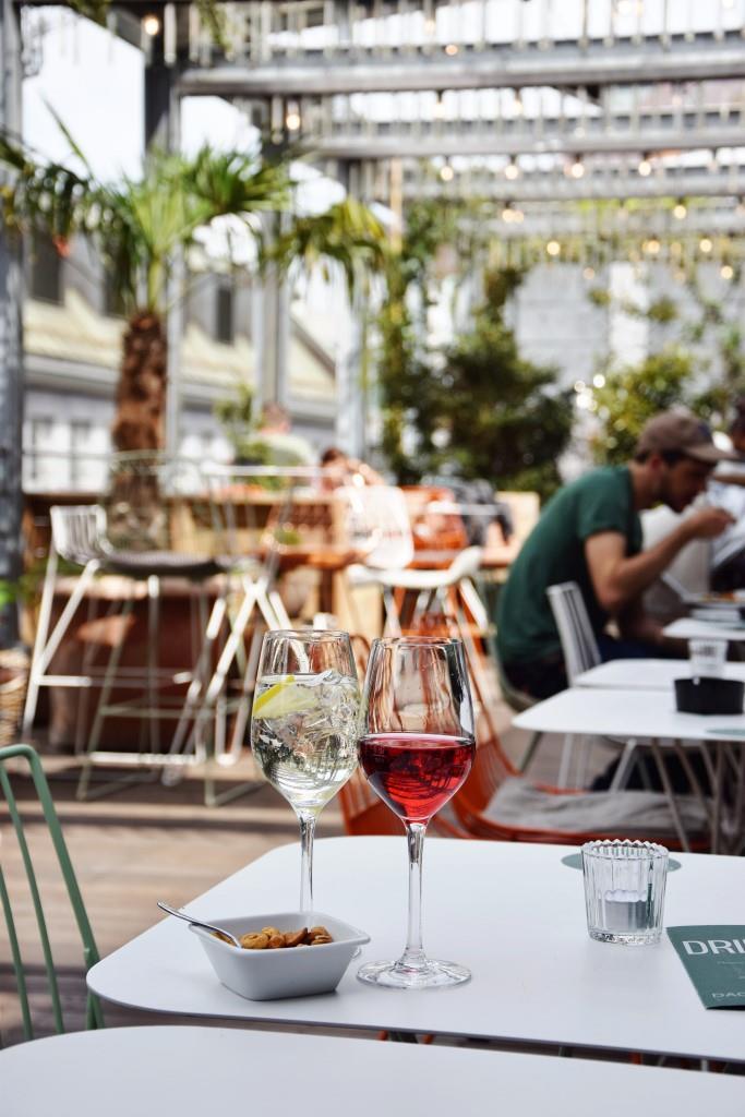 Wein Dachterrasse Zürich Hiltl