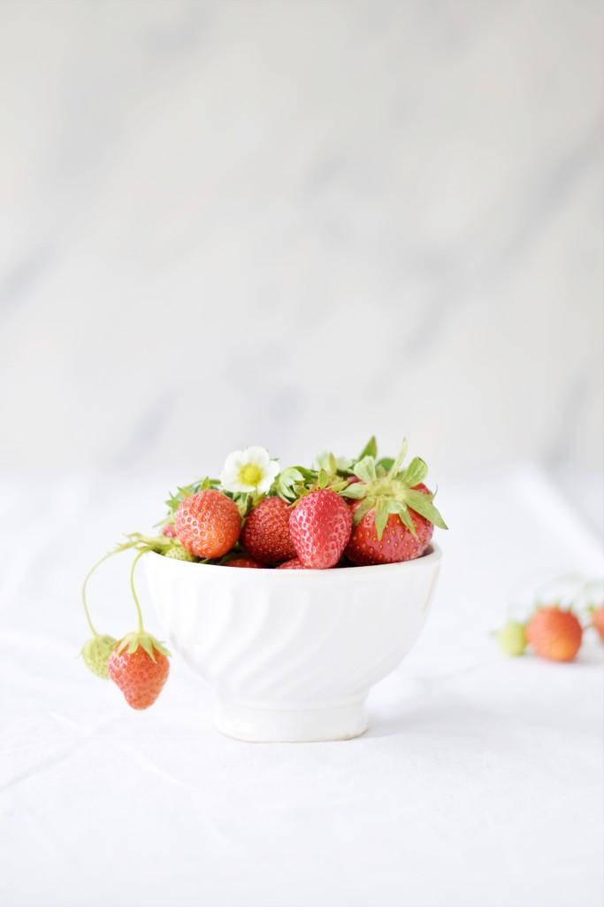 Erdbeeren weiß Schüssel