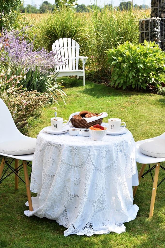 Frühstück Garten Sommer
