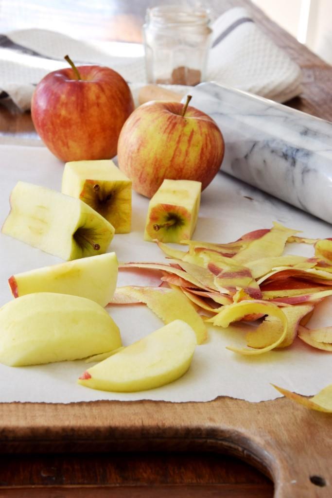 Backen Äpfel Nudelholz
