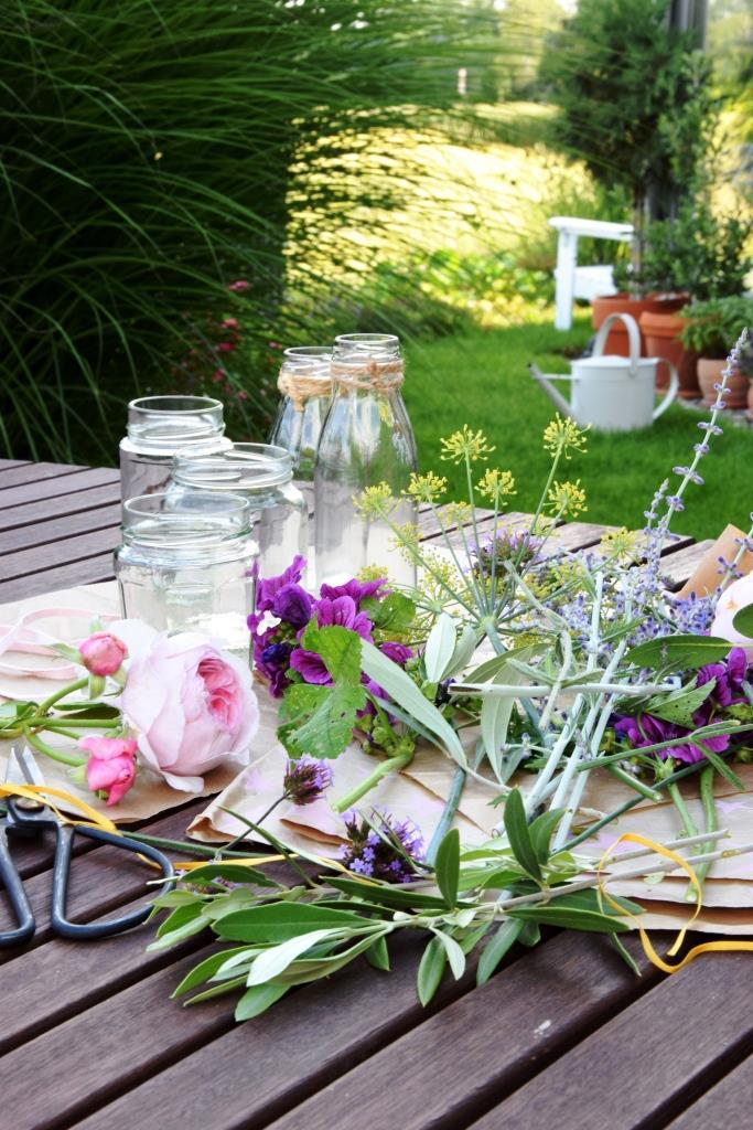 Blumenbinden für den Lonely Bouquet Day