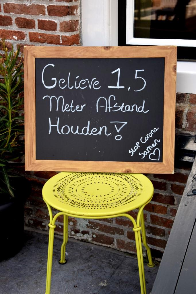 Abstandsregel Corona niederländisch