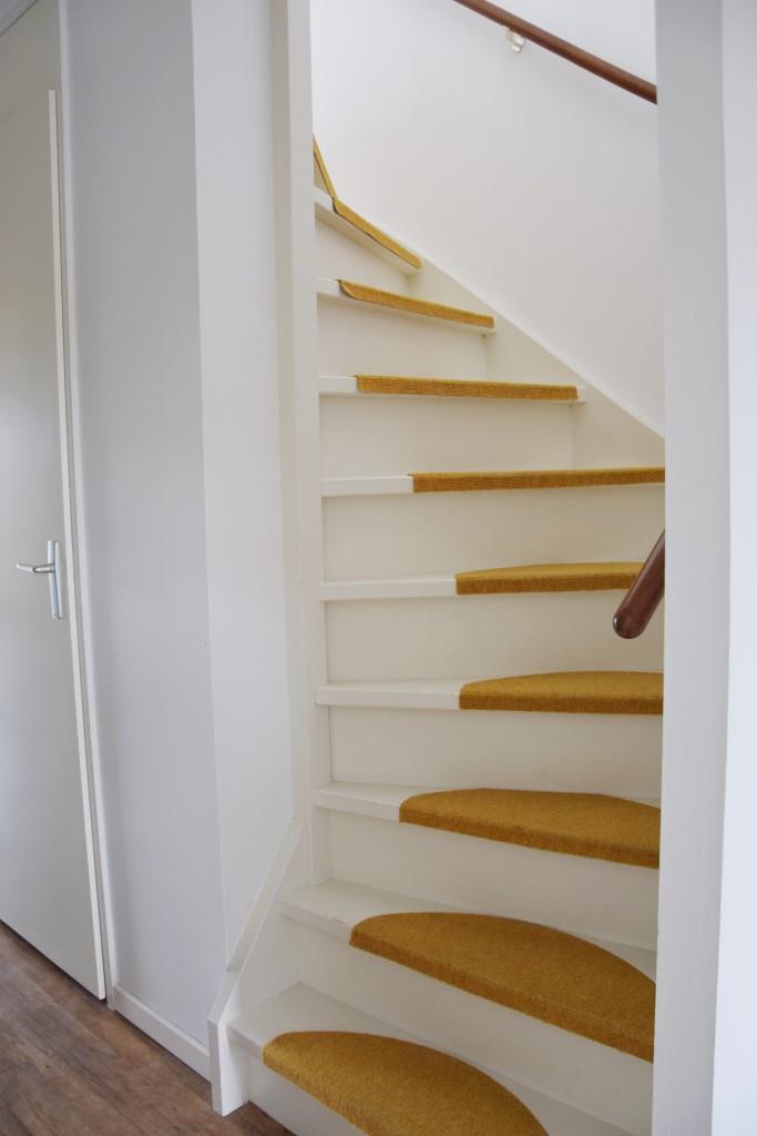 Holztreppe weiß Holland Haus