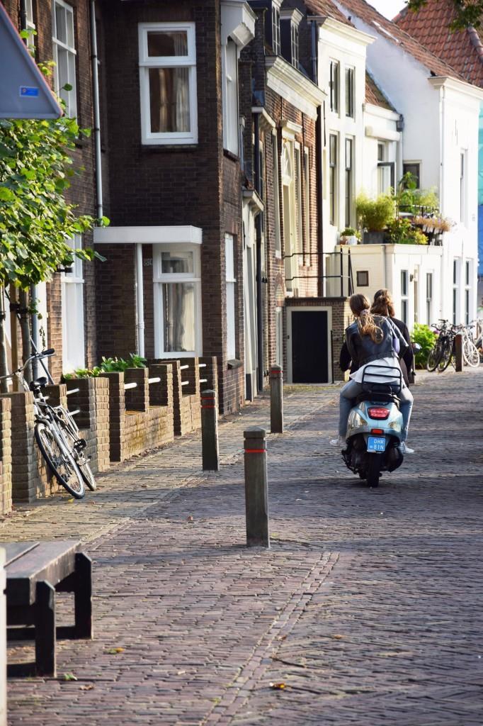 Vespa Mädchen Holland