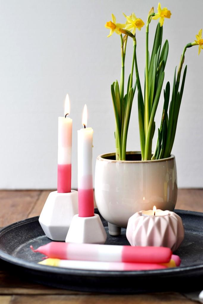 Frühlingsdeko Kerzen Narzissen