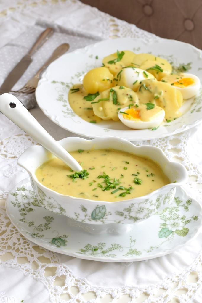Senfeier Kartoffeln