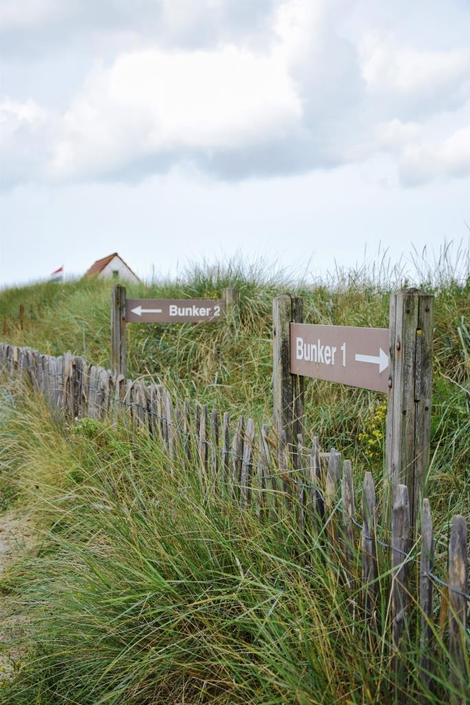 Hier geht es zu den beiden Bunkern in den Dünen von Zoutelande - Zeeland