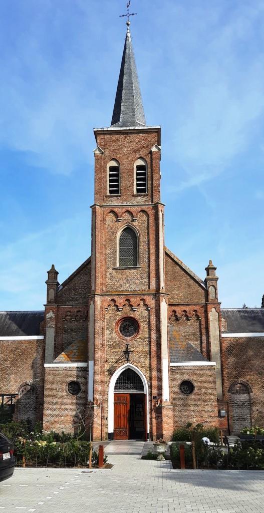 Himmlisch übernachten in der ehemaligen Dorfkirche - in Biervliet Zeeland Niederlande